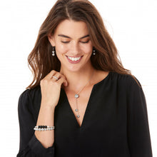 Load image into Gallery viewer, Meridian Petite Principle Y Necklace