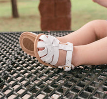 Load image into Gallery viewer, Baby Moccasin Sandal - white