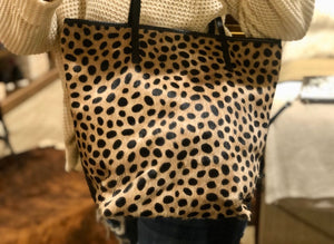 Large Cheetah Tote With Side Slit