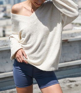 Soft Cream Sweater With Sequins