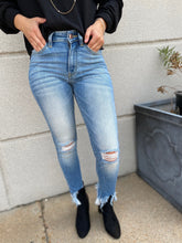 Load image into Gallery viewer, High Rise Ankle Skinny Jean