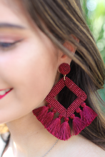 Load image into Gallery viewer, Fringe Drop Earring