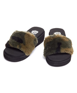 Estella Camo Slippers