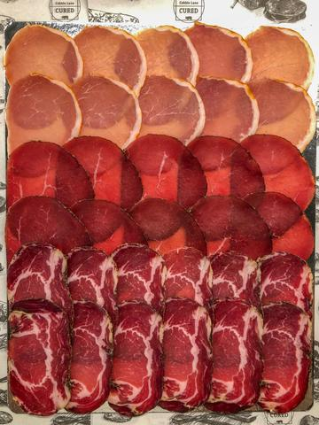 Sliced ham selection
