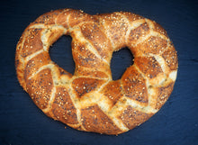 Load image into Gallery viewer, Dinner Pretzel