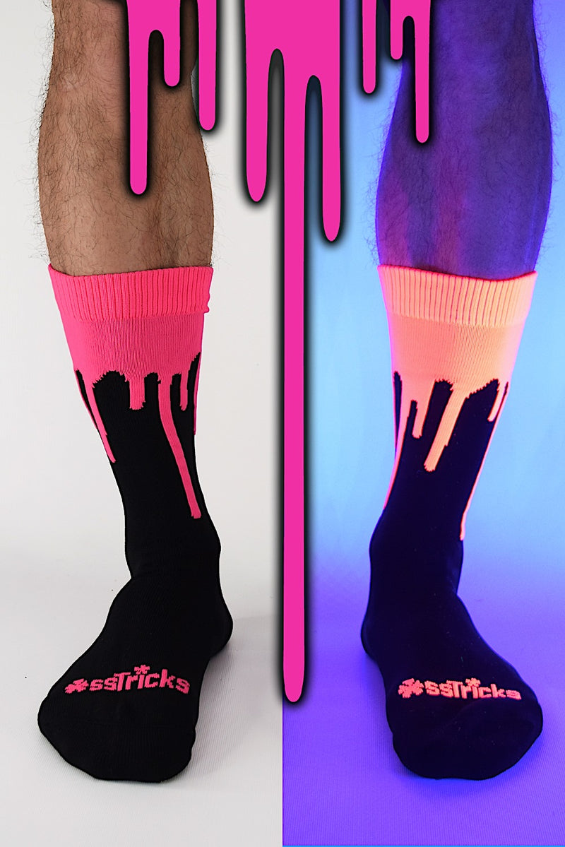 EXCLUSIVE Drip Socks Neon Pink UV Featured Image