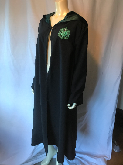 Harry Potter Cosplay House Robes in Gryffindor, Slytherin, Hufflepuff or Ravenclaw in Adult or Kids Sizes