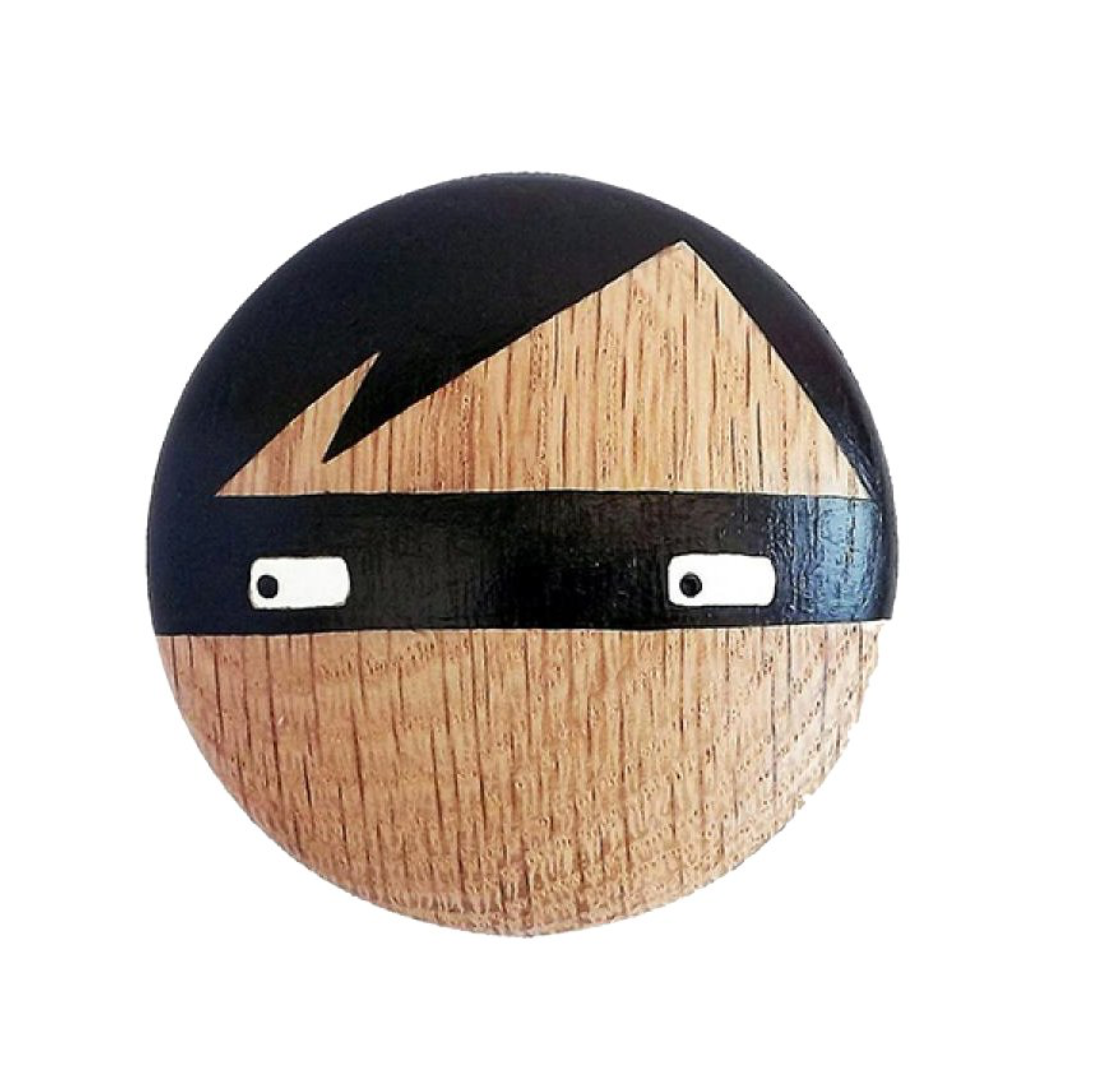 Lucie Kaas Thief Wooden Wall Knob