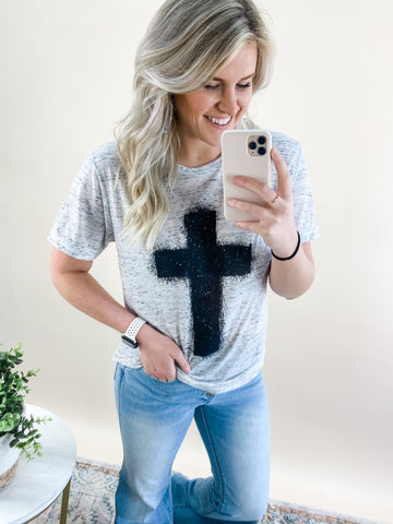 BLACK CROSS GRAPHIC TEE