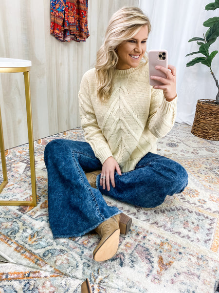 SOUTHERN BELLE SWEATER