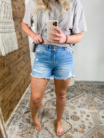 HOMERUN DENIM SHORTS | PLUS AVAIL