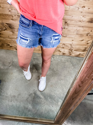 DAY DREAMING DISTRESSED DENIM SHORTS | PLUS AVAIL