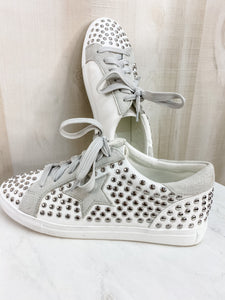 STUDDED WHITE SHOES