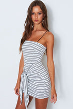 Load image into Gallery viewer, Best Knit Black And White Striped Casual Dress