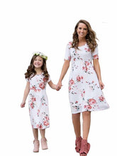 Load image into Gallery viewer, Floral Mommy And Me Matching Dresses