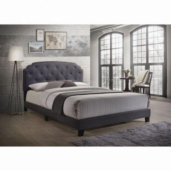 Tradilla Queen Bed - 26370Q - Gray Fabric