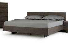 Load image into Gallery viewer, Modrest Selma Modern Dark Aged Oak Bed