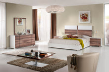 Load image into Gallery viewer, Nova Domus Giovanna Italian Modern White & Cherry Bed