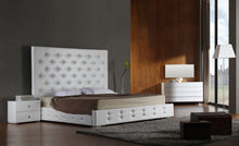 Load image into Gallery viewer, Modrest Elbrus - White Modern Leather Platform Bed
