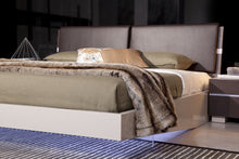 Load image into Gallery viewer, Modrest Anzio - Contemporary Floating Bed With LED Lights