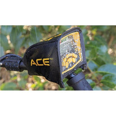 ACE™ 300i Metal Detector monitor