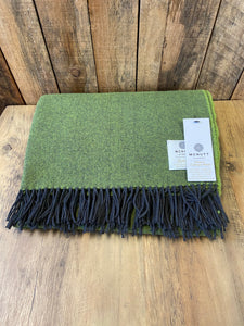 Lambs Wool Throw - Palm