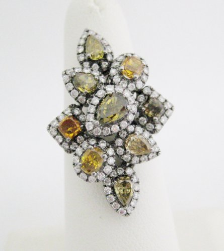 Fancy Colored Natural Diamonds Ring