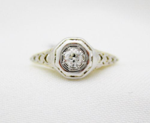 Vintage .20 Carat Diamond Ring with Filigree