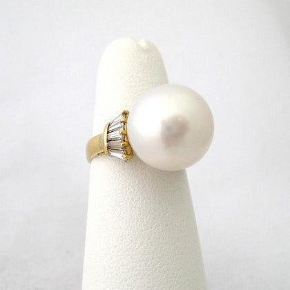 12.5mm Pearl Ring with 10 side Diamond Baguettes