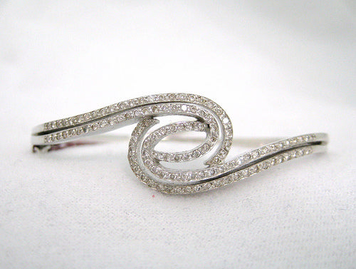 Diamond Swirl Designed Bangle