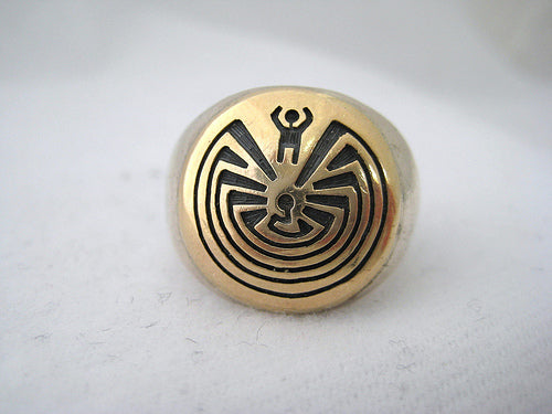 Men's Labyrinth Designed Ring