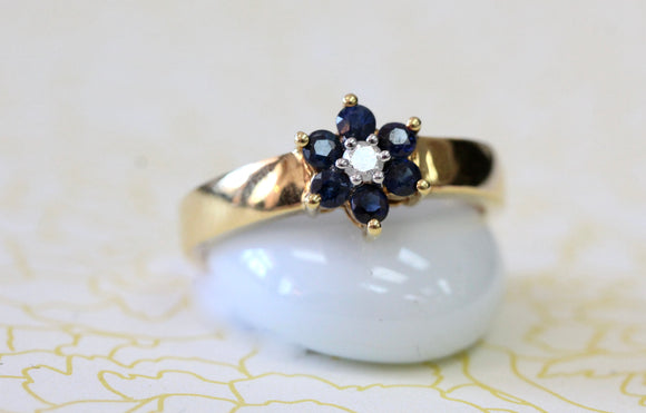 Sweet ~ Sapphire Flower Ring with Diamond center