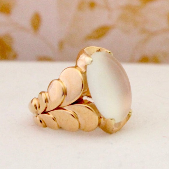 Lovely Vintage Moonstone Ring, Circa 1940's