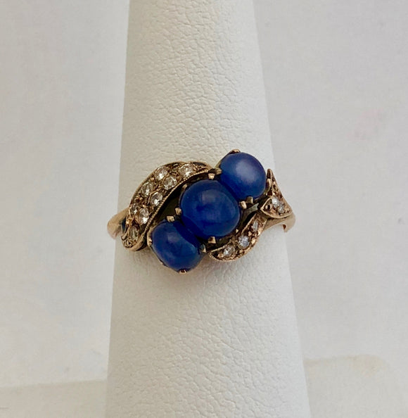 Cabachon Sapphire and Diamond Ring