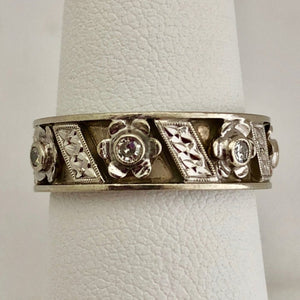 Retro Etched Band with Diamond Accents