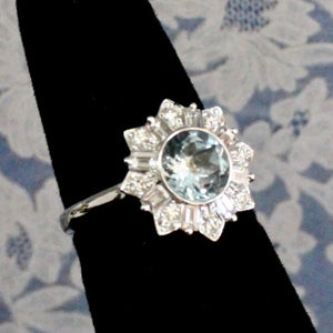 Sparkling Aquamarine & Diamond Ring, 18K