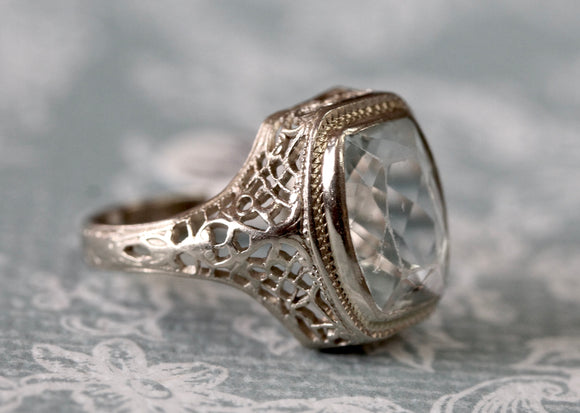 Circa 1920's ~ Lovely Bezel Aquamarine Ring