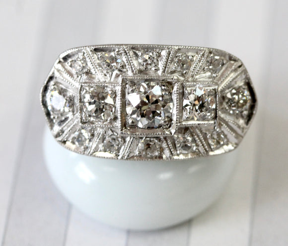 Beautiful ~ Vintage Diamond Ring