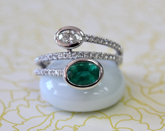 Emerald & Diamond Ring ~ CHIC