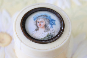 Ladies Antique Ivory Patch Box, signed by artist