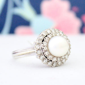 Beautiful Vintage Cultured Pearl Diamond Ring