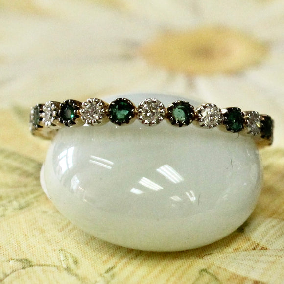 Sparkling  ~ Emerald & Diamond Band