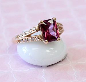 Pretty ~  Rhodolite Garnet with Diamond accents Ring