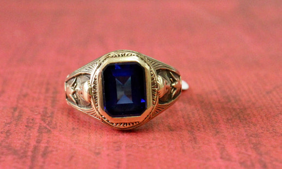 Antique & Handsome ~ Men's ring with an Egyptian Revival Mounting