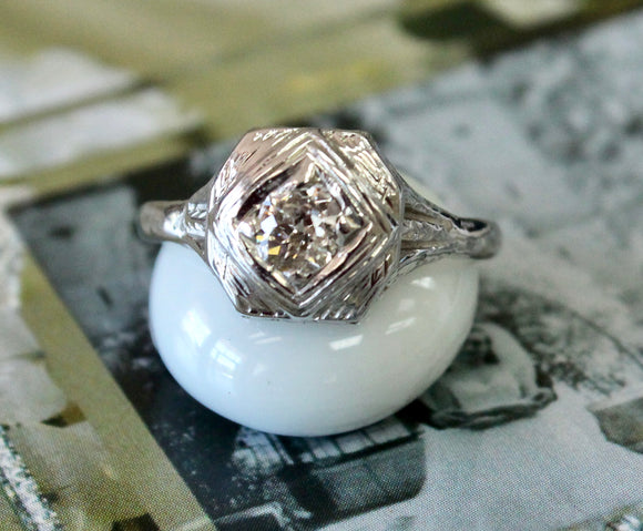 Vintage ~  Diamond & Platinum Ring
