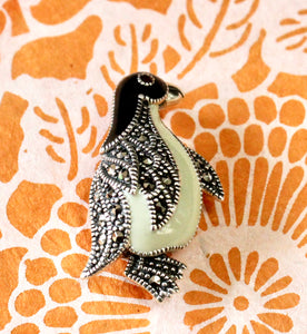 Adorable ~  Penguin PIn