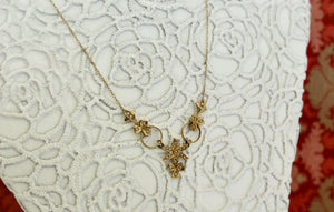 ANTIQUE & Chic ~ Seed Pearl & Gold Necklace