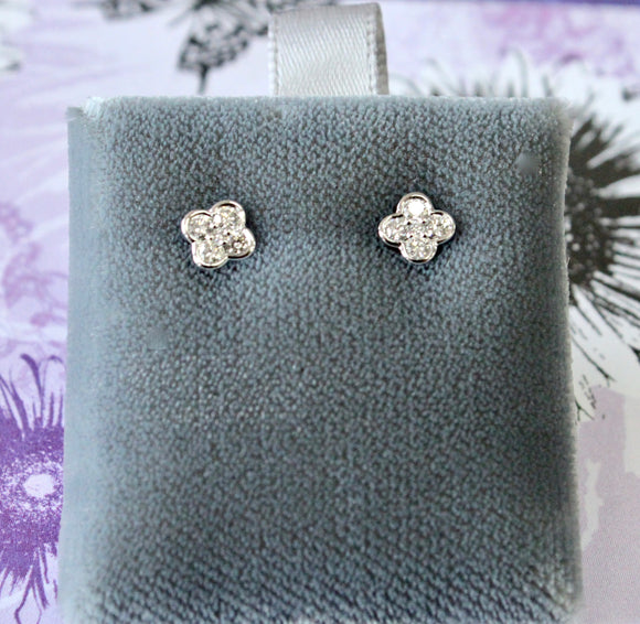 Precious ~ Flower Shaped Diamond Stud Earrings