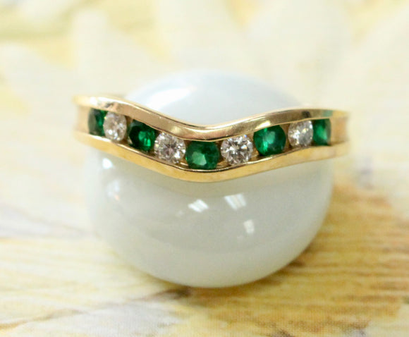 Distinctive ~ Emerald & Diamond V-Shaped band