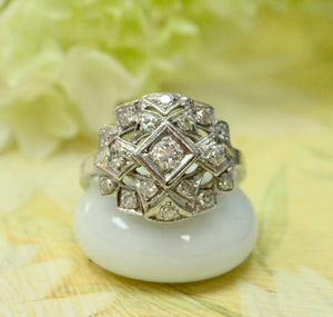 Platinum Art Deco Diamond Ring ~ Stunning